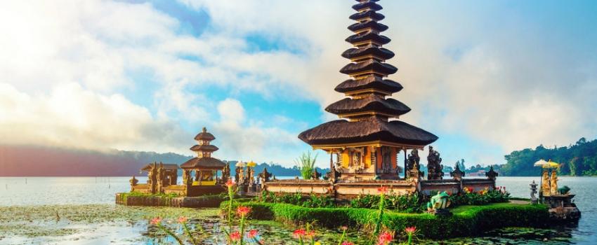 SALIDAS GRUPALES A DUBAI E INDONESIA - Buteler Viajes